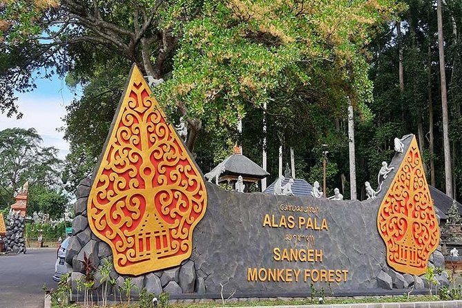 One Day Tour to Monkey Forest and Bali Temples