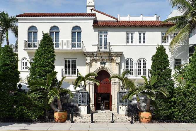 Historic Miami Beach & Versace Murder Tour