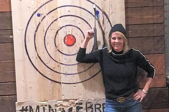 1 hour Axe Throwing experience with a Coach