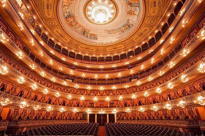 Premium Private City Tour of Buenos Aires + Visit to Teatro Colon (Opera House)