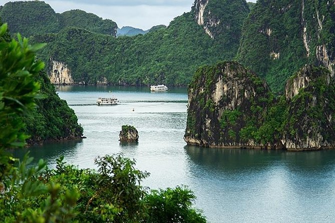 Ha Long Bay Day Trip from Hanoi