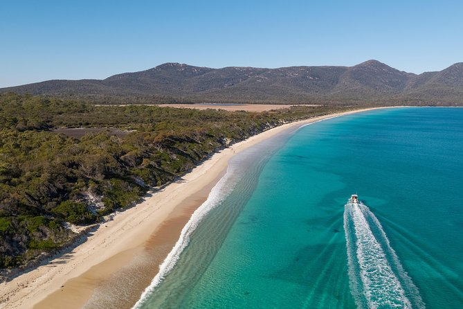 Sea & Explore Wineglass Bay & Freycinet National Park - Cruise & Walk