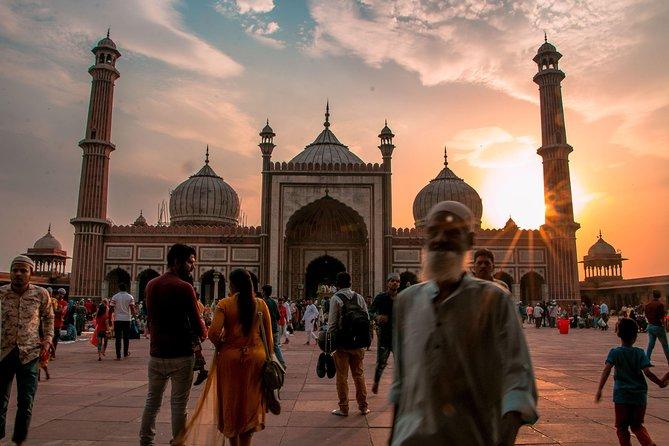Delhi Agra Tour with Innova Car