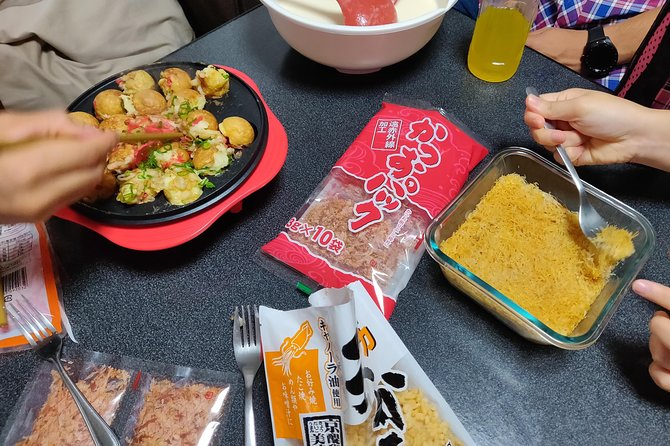 Lunch and tour in Osaka (Vegetarian, Muslim friendly)