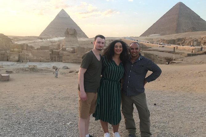 Pyramids Tour: Photos and memories with Savvy