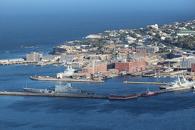 Private Robben Island, Table Mountain with City Tour photo 4