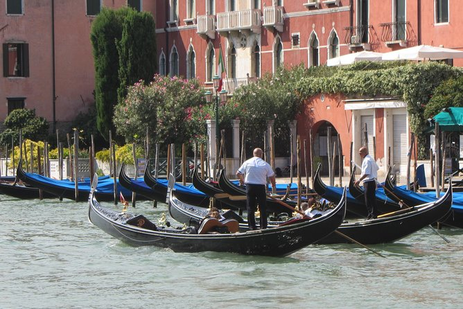 Venice Highlights Treasure Hunt for Kids & Families