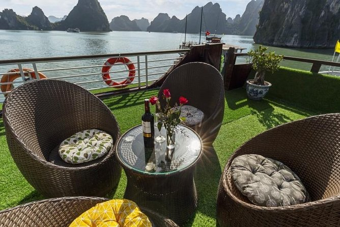 Ha Long Bay 2 Days 1 Night Tour - New Star Cruise