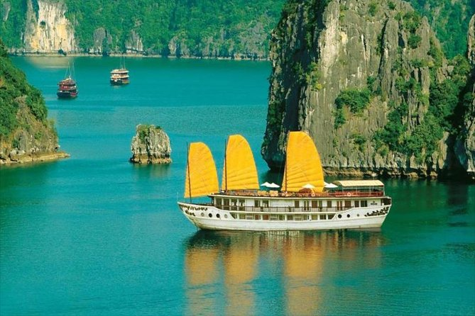 Fantastic 2 Day Halong Bay Tour on 4 Star Boutique Cruise