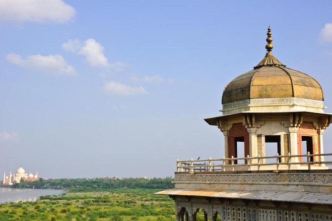 Taj Mahal With Others Islamic Places in Delhi overnight Tour