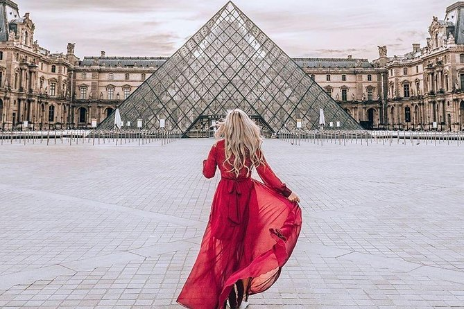 Classical Louvre Tour : Guided tour with an Art Historian (Private & Premium)