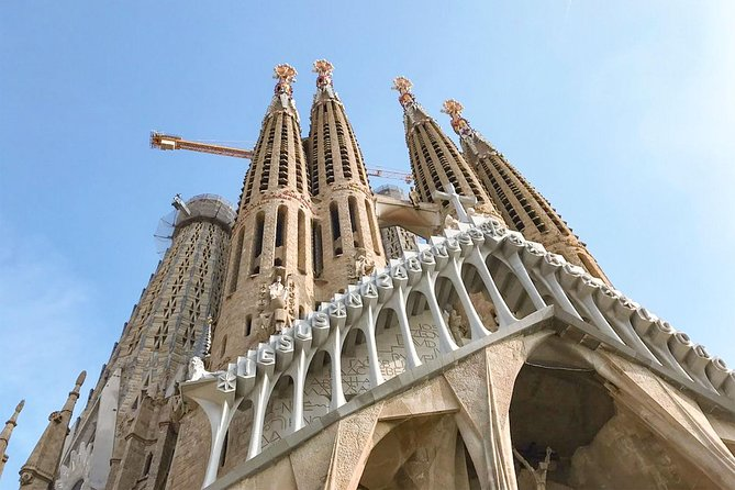 Sagrada Familia | Private visit (2H) | Skip the line | Private guide