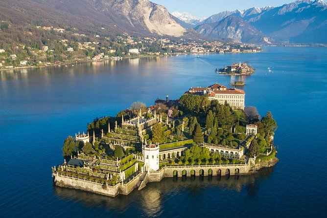 Borromean Islands Private Hop-On Hop-Off Boat Tour from Stresa