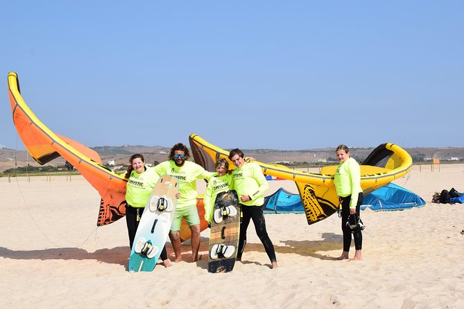 Group Kitesurf Intermediate Course photo 2