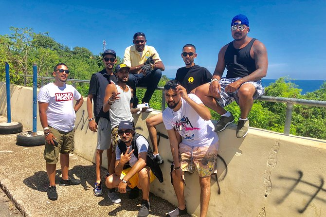 Tour from Montego Bay to Martha Brae River Rafting & Blue Hole/Secret Falls