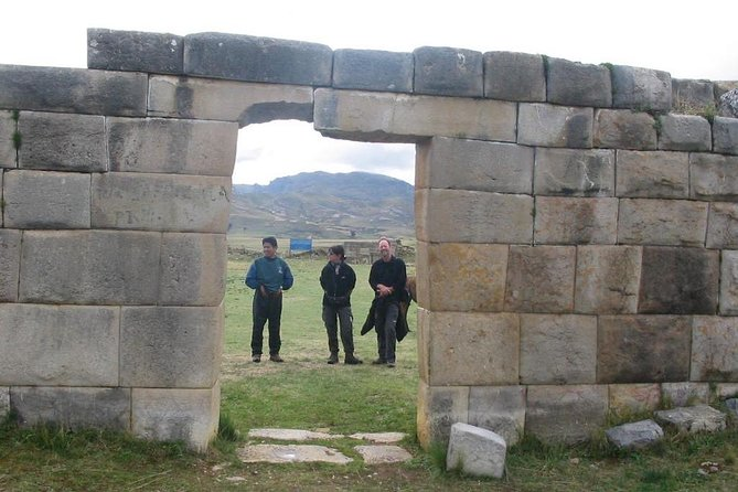 Huayhuash Trek & Huanuco Viejo Inca Ruins 10 days - Comunity Support