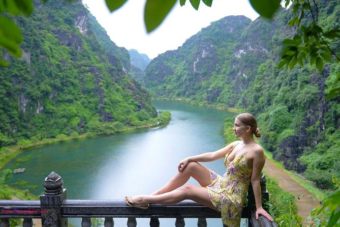 Full Day Trang An –Mua Cave -Endless Love Cave - Boating - Hiking-Small Group