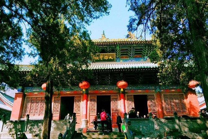 Private Luoyang Day Tour:Longmen Grottoes&Shaolin Temple and White Horse Temple