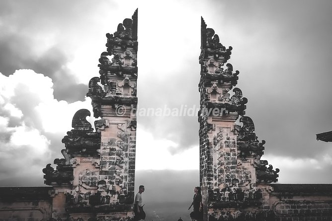 ⭐⭐⭐⭐⭐ Most iconic spot GATE OF HEAVEN - Lempuyang Temple photo 8