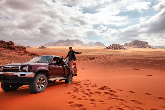 Full-Day Jeep Tour: ''Wadi Rum Highlights''