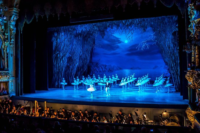 Evening Tour in St.Petersburg (Russian Ballet)