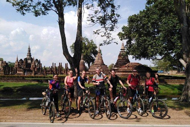 Full Day Sukhothai Historical Park Tour