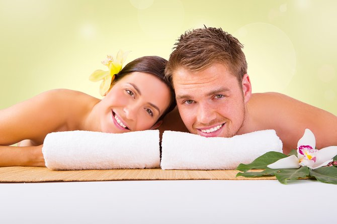 Massage course for couples