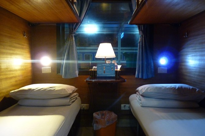 Hanoi Sapa overnight train photo 3