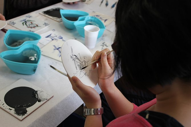 Delft Pottery Factory Painting Workshop Including Private Tour