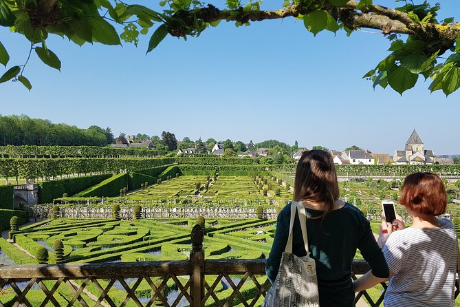 Loire Valley Day Tour from Tours : Villandry, l'Islette & 2 Vouvray Wineries