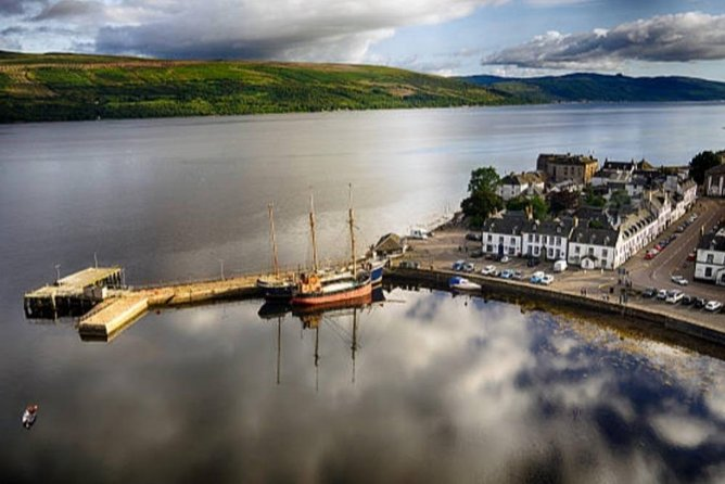 Whisky tour and Champagne Afternoon Tea in Inveraray