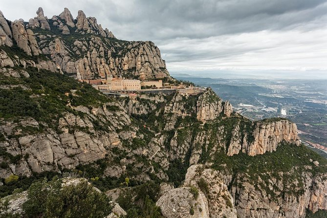 Best of Gaudi Tour: Montserrat, Barcelona Artistic and Architecture Guided Day Tour