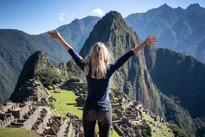 Machu Picchu with dinner show and complimentary Cusco walking tour 5 days and 4 nights