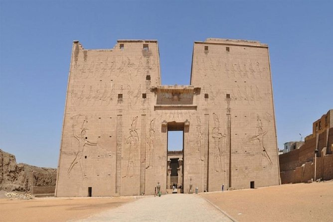 3-Days Nile Cruise from Luxor to Aswan with Egyptologist Guide