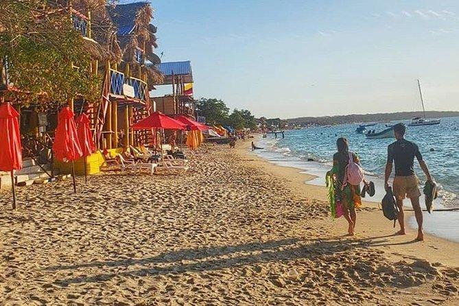 Baru Island, Tranquila Beach + Placton