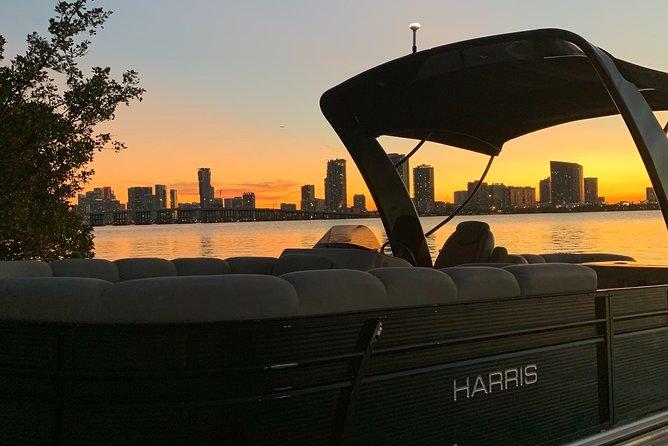 Champagne & Boat Cruise in Miami
