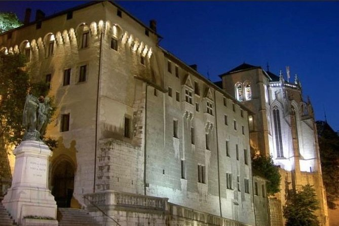 CHAMBERY | Private Walking Tour of Chambéry Historical Center
