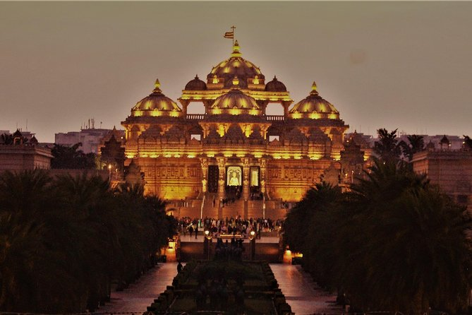 Akshardham Temple Walking Tour