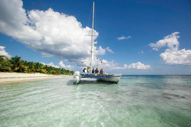 SNORKEL CRUISE TRIP Catamaran Paraiso