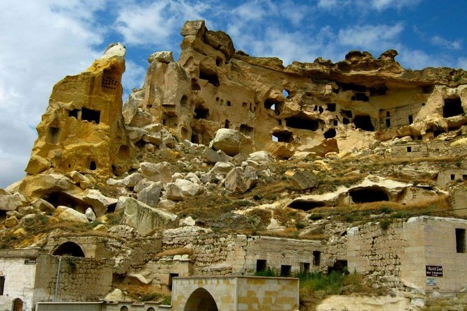 Red Cappadocia Highlights photo 3