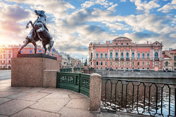 Private Guide for a Half-Day Tour in St.Petersburg