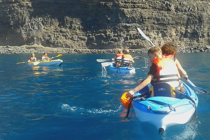 Rent a kayak in Valle Gran Rey in La Gomera