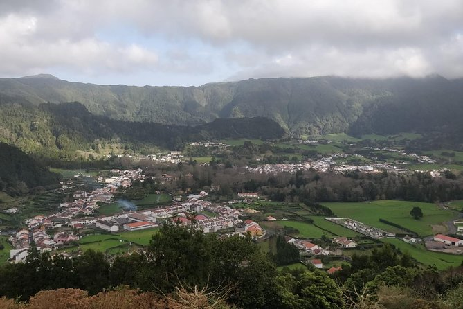 Van Tour - Furnas - Full Day