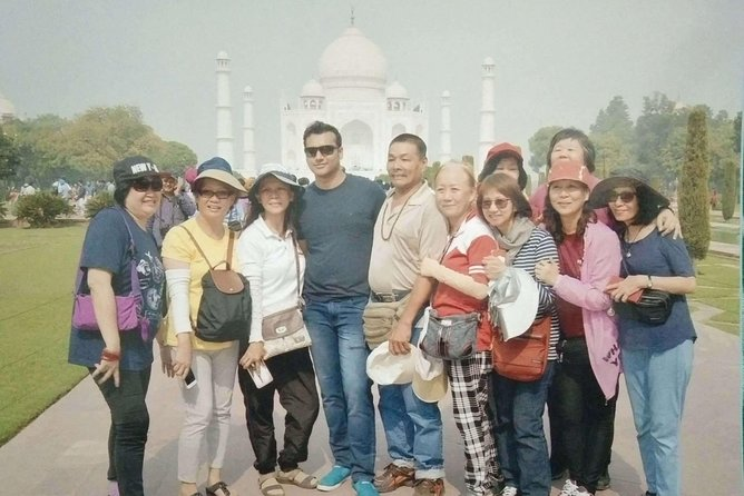 Explore the best of Taj Mahal by Greenshores India