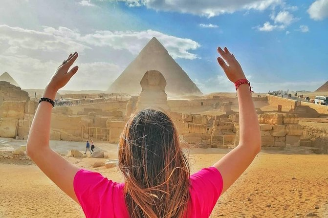Half Day Tour to Giza Pyramids with Camel Ride