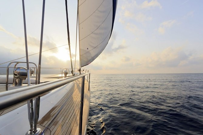Private Gourmet Sailing Adventure (2 Hours for 1-6 Passengers)