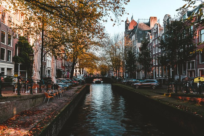 Private Amsterdam Tour: Old Town Exploration Game