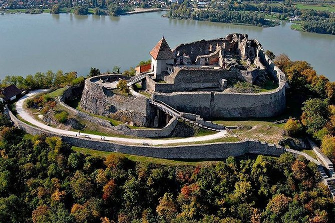 Full-Day Private Trip to Esztergom and Visegrád from Budapest