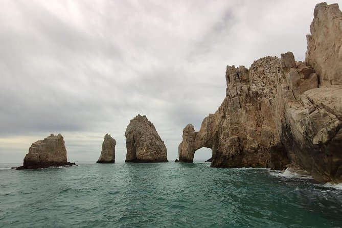 Half Day Tour in Cabo with Guide and Pickup