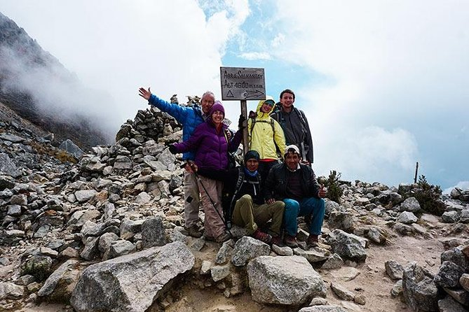 Short Salkantay Trek to Machu Picchu 4 days - private service